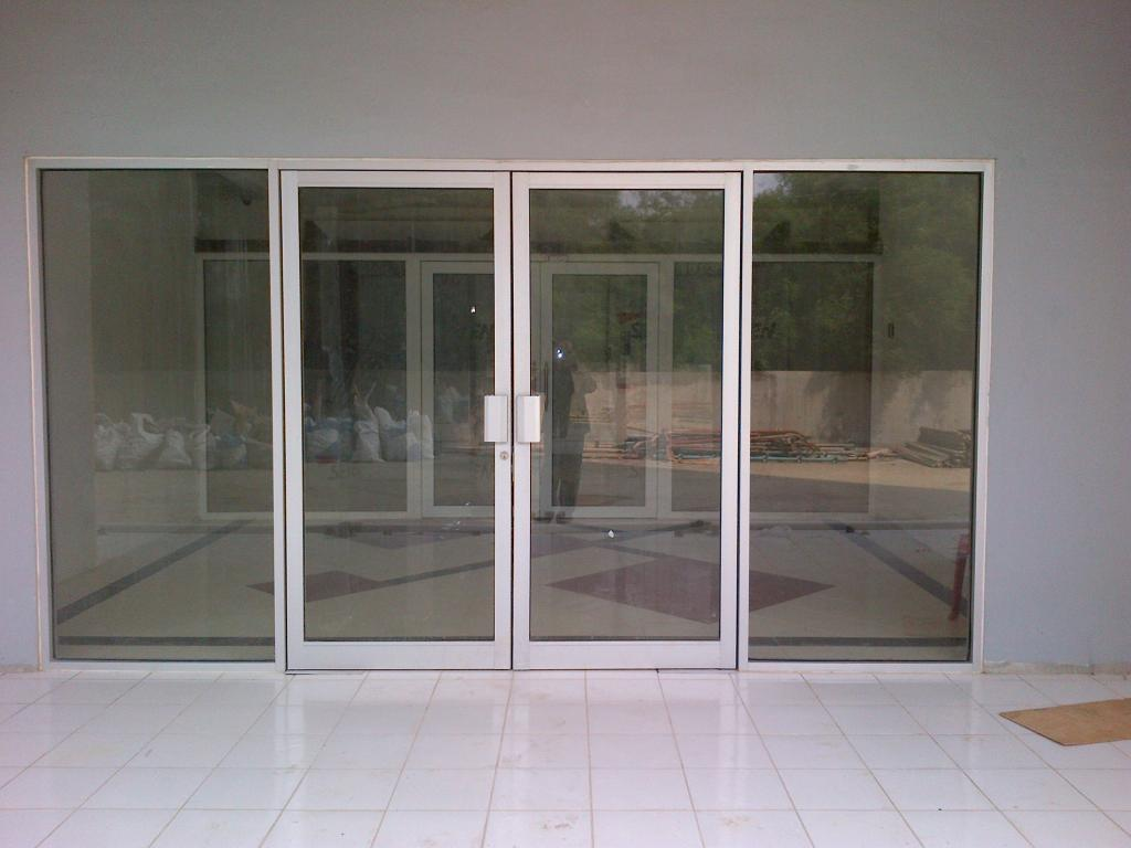 Pintu-kaca-alumunium