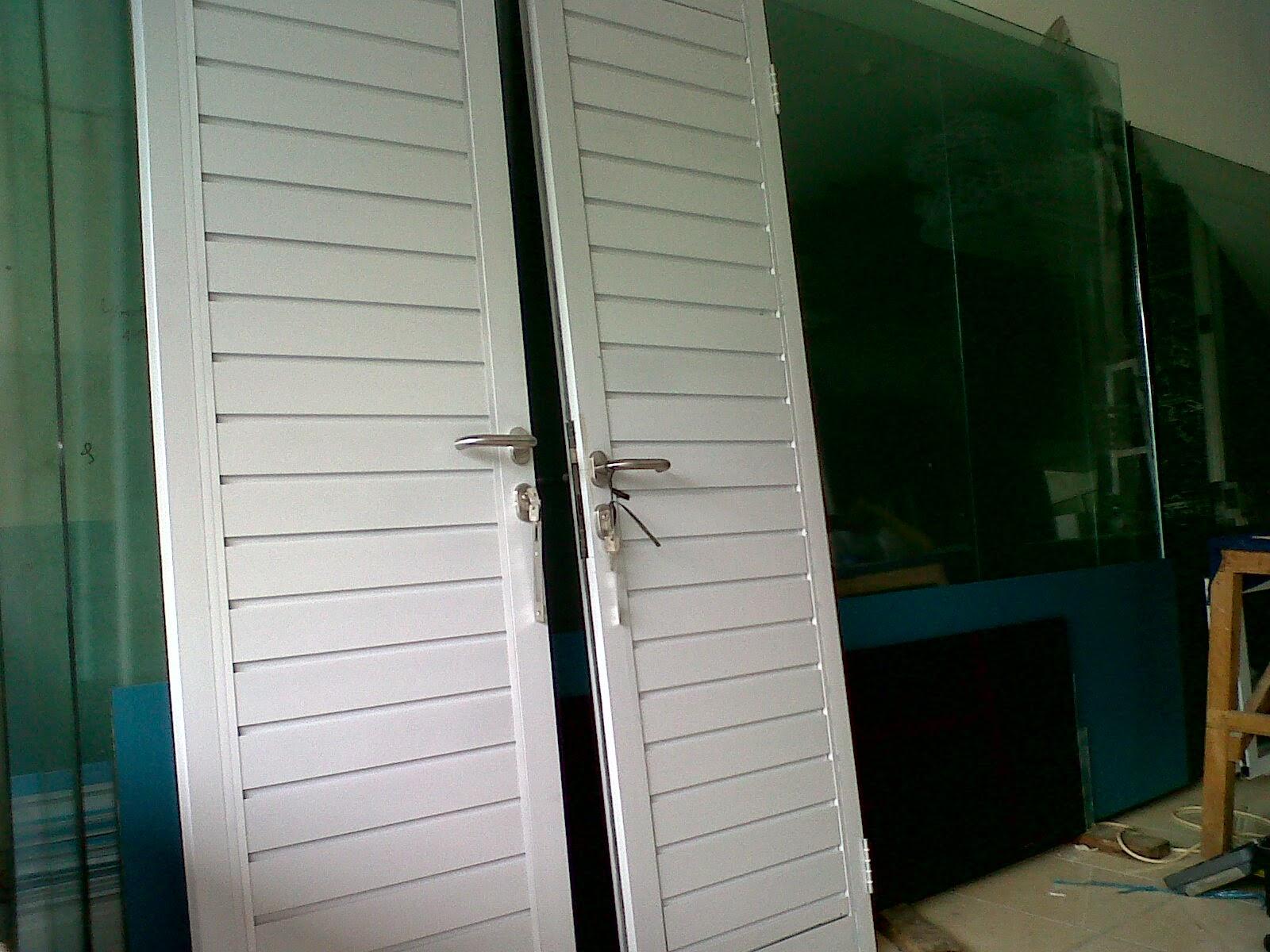 Pintu Spandrel Aluminium untuk Kamar Mandi